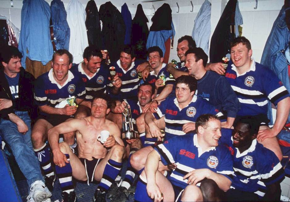 Bath V Harlequins 23 Apr 1994 The Rugby Union Team Celebrate In Their