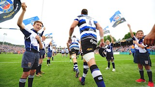 Be part of the Guard of Honour against Worcester