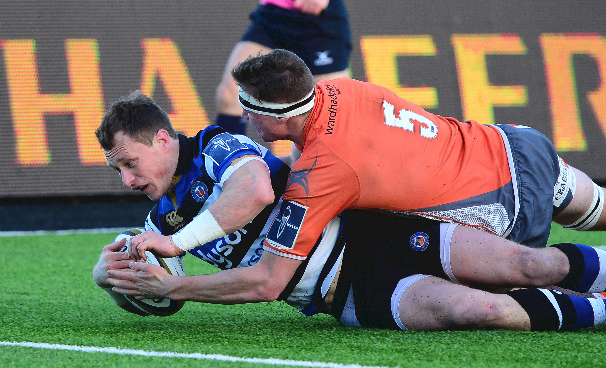 Bath Rugby denied by late Newcastle try