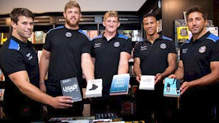 Bath Rugby Players find Summer Reads at Waterstones